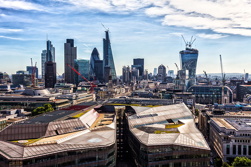 studiare nel regno unito con lae, veduta dei tetti di Londra