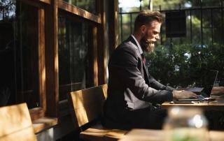 lavorare all'estero senza laurea: è possibile?
