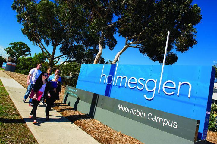 Holmesglen institute corsi vet in australia