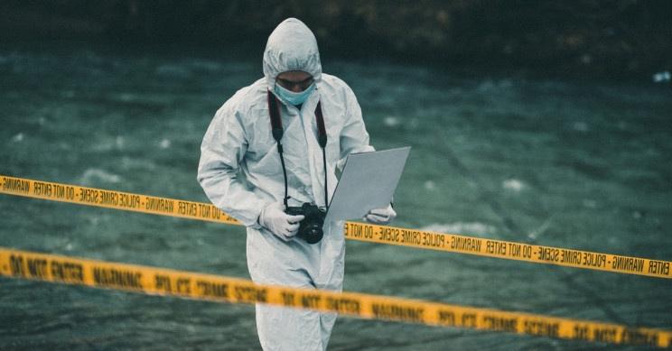 studiare scienze forensi università nel Regno Unito