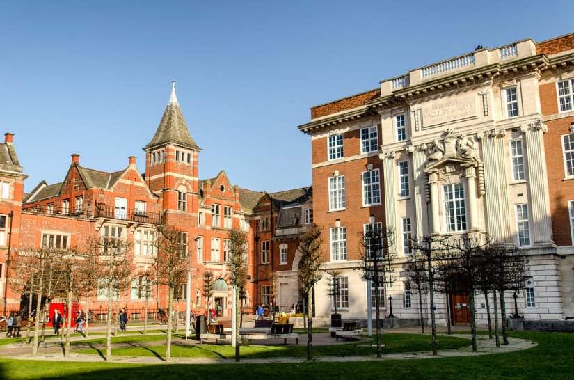 studiare all'università di Liverpool