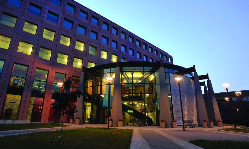 borse di studio università canada lakehead university