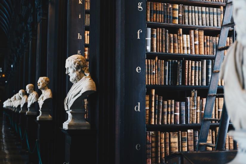 Bachelor of law all'università in Regno Unito