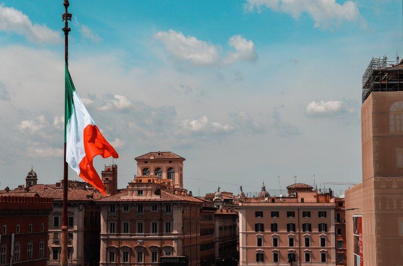 meglio prendere una laurea in italia o all'estero
